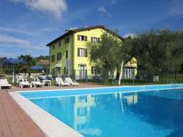Ferienwohnung 1376520 für 6 Personen in Bardolino