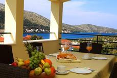 Appartement de vacances 1377111 pour 4 adultes + 2 enfants , Grebastica
