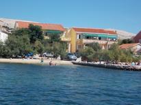 Appartement de vacances 1377148 pour 11 personnes , Kustići