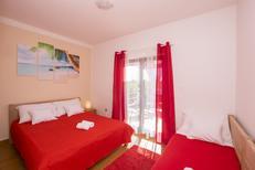 Appartement 1377296 voor 3 personen in Pirovac