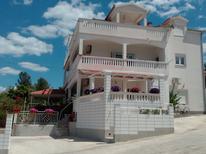 Ferienwohnung 1377308 für 4 Personen in Slatine