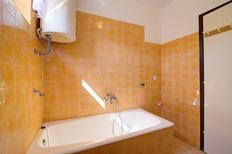 Ferienwohnung 1377321 für 5 Personen in Sveti Juraj