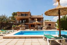 Ferienhaus 1377395 für 6 Personen in Pollença