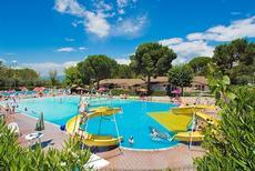 Ferienhaus 1377812 für 5 Erwachsene + 1 Kind in Cisano di Bardolino