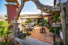 Ferienwohnung 1377873 für 7 Personen in Giardini Naxos