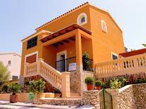 Vakantiehuis 1377932 voor 6 personen in Cala Romántica