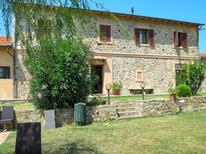 Ferienwohnung 1377936 für 7 Personen in Nibbiaia