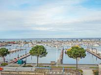 Holiday apartment 1378227 for 6 persons in Arcachon