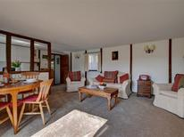 Holiday home 1378288 for 4 persons in Biddenden