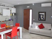 Appartement de vacances 1378329 pour 4 personnes , Otranto