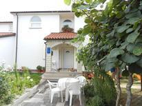 Ferienwohnung 1378372 für 4 Personen in Brčići