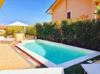 Villa 1378668 per 14 persone in Trecastagni
