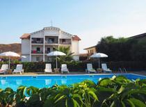 Apartamento 1378814 para 2 adultos + 2 niños en Isola di Capo Rizzuto