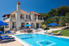 Vakantiehuis 1379182 voor 12 personen in Polemarchi