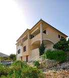 Holiday apartment 1379341 for 4 persons in Vinisce