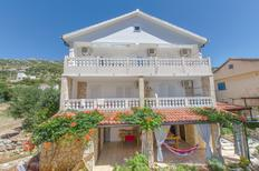 Ferienwohnung 1379345 für 5 Personen in Zavala