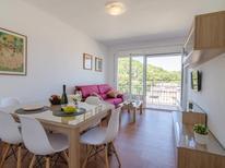 Appartement 1379709 voor 6 personen in Lloret de Mar