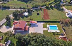 Ferienhaus 1379794 für 8 Personen in Modrusani