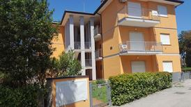 Holiday apartment 1379883 for 9 persons in Rosolina Mare