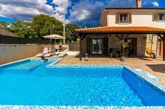 Casa de vacaciones 1380103 para 8 personas en Butkovici