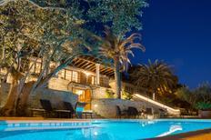 Ferienhaus 1380119 für 7 Erwachsene + 2 Kinder in Split