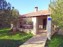 Villa 1380842 per 4 persone in Kašić