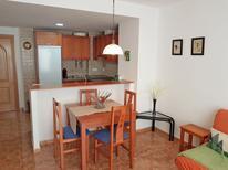 Appartement 1381127 voor 4 personen in Sant Carles de la Rápita