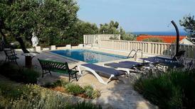 Villa 1381250 per 9 persone in Bol