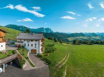 Appartement de vacances 1381359 pour 5 personnes , Sankt Ulrich in Groeden