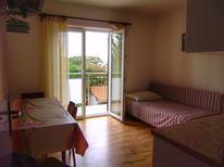Appartement 1381488 voor 3 personen in Nerezine