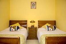 Ferienhaus 1381520 für 5 Personen in Camacha