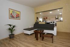 Appartement 1382024 voor 5 personen in Zadar
