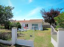 Holiday home 1382103 for 5 persons in Saint-Vivien-de-Médoc
