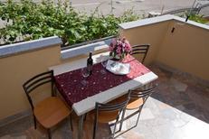 Ferienwohnung 1382145 für 5 Personen in Novigrad