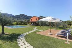 Villa 1382268 per 9 persone in Colle di Compito