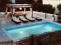 Ferienhaus 1382298 für 8 Personen in Sevid