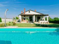 Ferienhaus 1382515 für 7 Personen in Pula