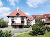 Ferienwohnung 1382823 für 4 Personen in Harrachov