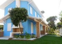 Ferienhaus 1383005 für 5 Personen in Rosolina Mare