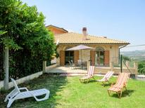Holiday home 1383155 for 4 persons in Collecorvino