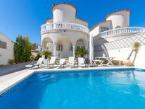 Holiday home 1383285 for 8 persons in Empuriabrava