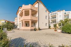 Ferienwohnung 1383619 für 4 Erwachsene + 1 Kind in Crikvenica