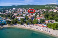Ferienwohnung 1383679 für 5 Personen in Crikvenica