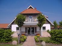 Ferienwohnung 1384000 für 2 Personen in Groß Schwansee