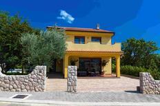 Ferienhaus 1384215 für 4 Personen in Kamenjak