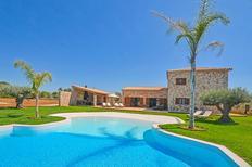 Vakantiehuis 1385527 voor 9 personen in Campos