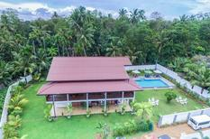 Holiday home 1385779 for 2 adults + 10 children in Hikkaduwa