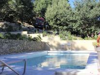 Ferienhaus 1385950 für 3 Personen in Faucon
