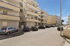 Appartement de vacances 1386573 pour 4 personnes , Lido San Giovanni