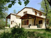 Vakantiehuis 1386865 voor 8 personen in Gavaudun
